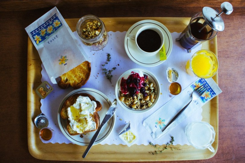Macadamia, Honey and Thyme Granola